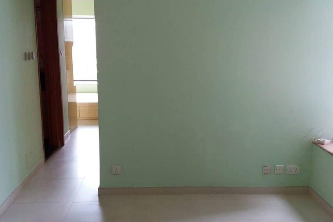 0318BEC6-1F1E-4B2E-B638-D3D1FCC722F0