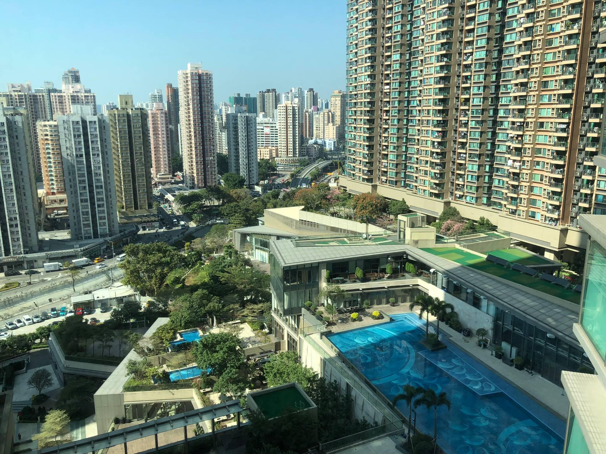 新鴻基大型地標屋苑,罕有放買,四房樓王東南開揚山景 ,業主急讓還價即成