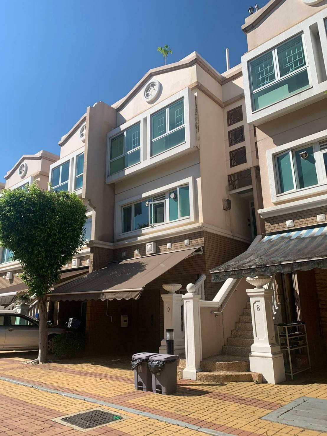 元朗傳統豪宅,三層花園連天台,室內可用空間1600呎,真盤實價,可以約睇
