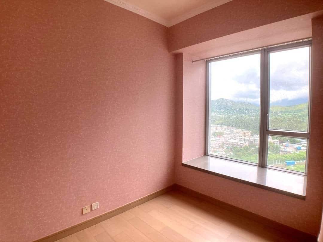 《尚悅》靚牆紙,2房中高層,外景